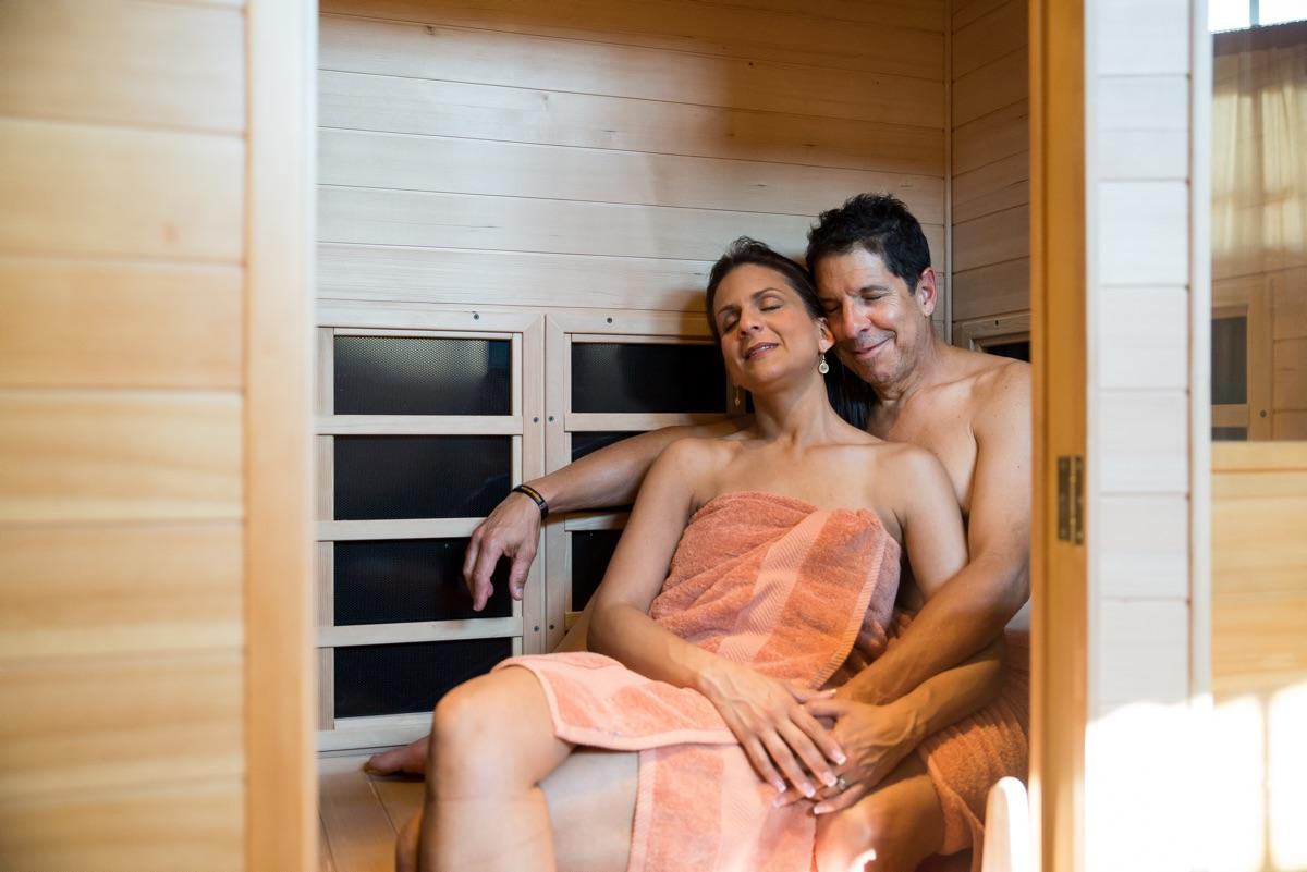 couple_sauna